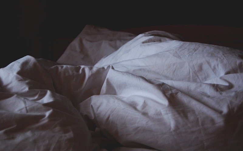 bed covers - Anxiety-Related Insomnia - 6 Ways To Help You Fall Asleep