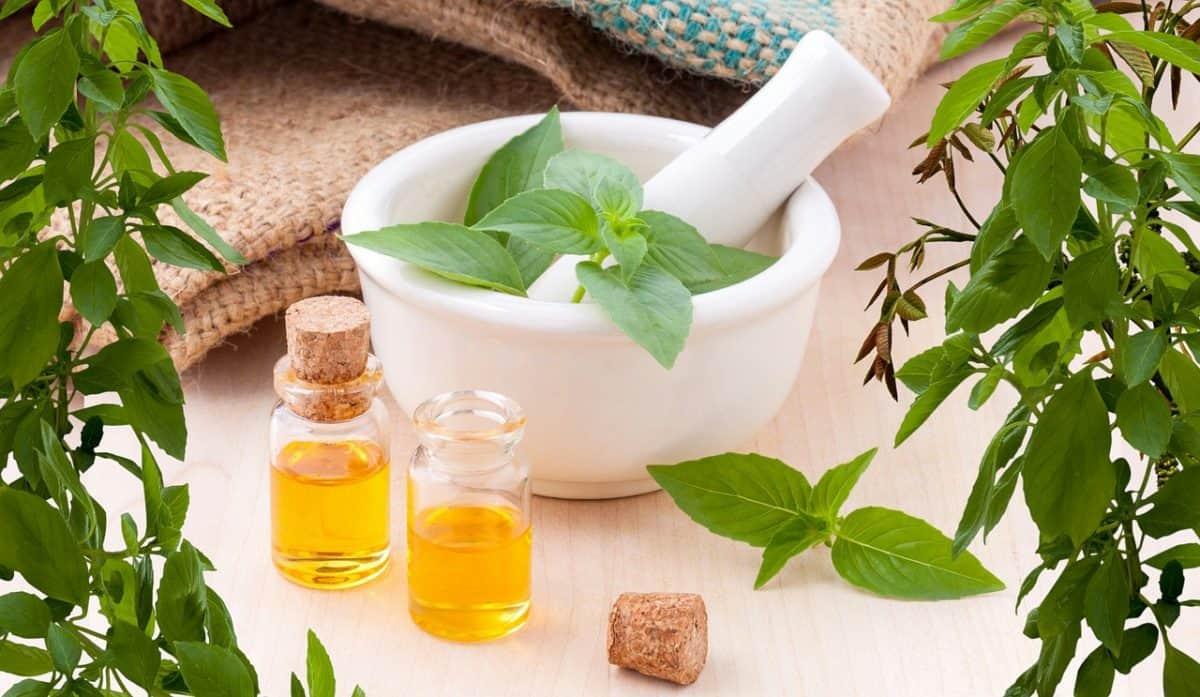 Ultimate Essential Oils Starter Guide